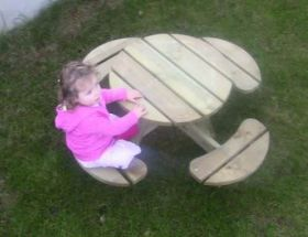 Children's Circular Picnic Bench