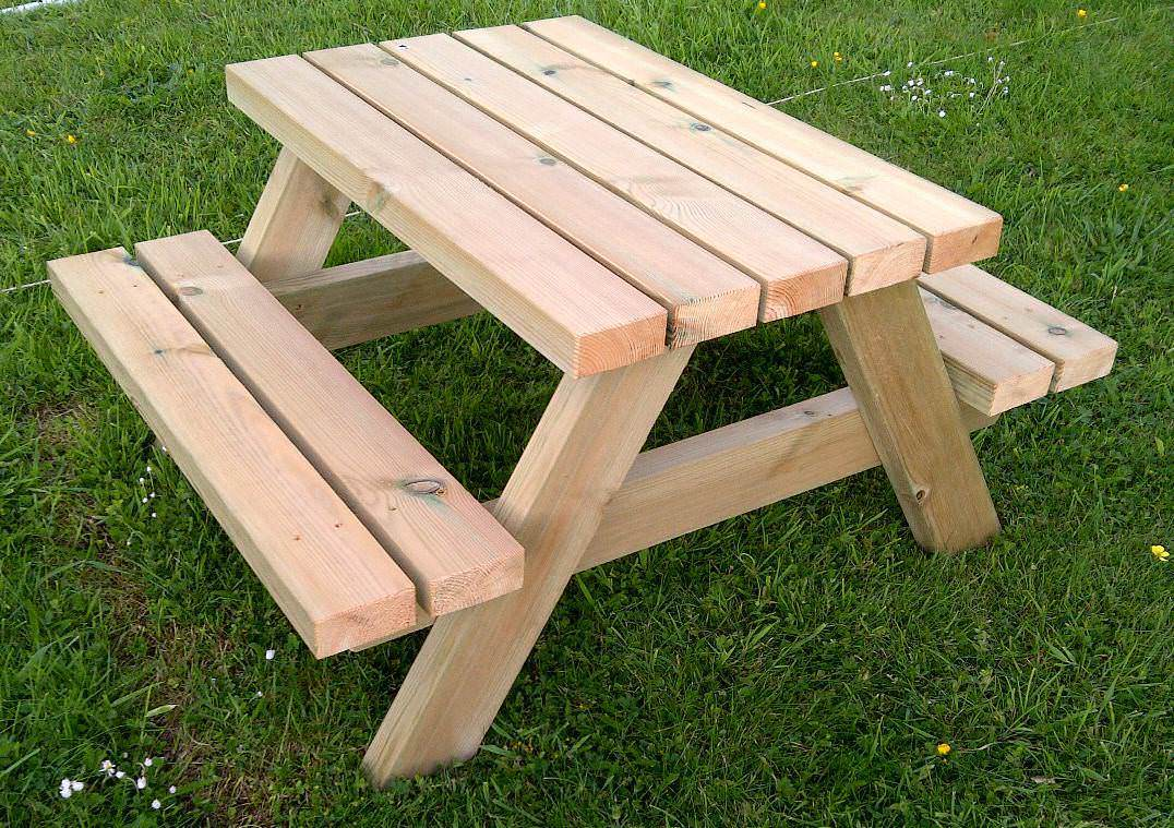 Refresh your garden furniture this Easter