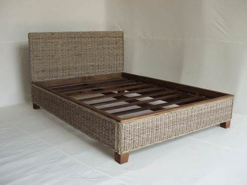 Natural Wicker Diva Bed
