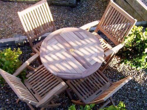 80cm Circular Folding Table with 4 Kiffa Folding Chairs & Armchairs