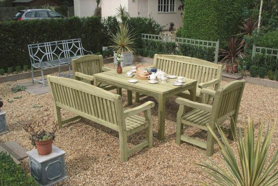 Traditional Garden Dining Set