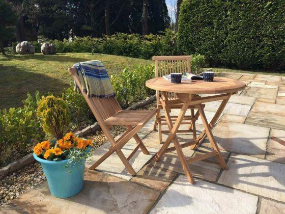 80cm Teak Circular Folding Table with 2 Classic Folding Chairs